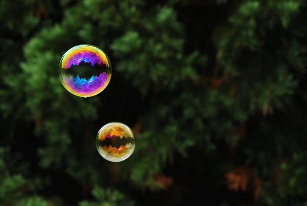 Seifenblasen ... - Bursting bubbles ...